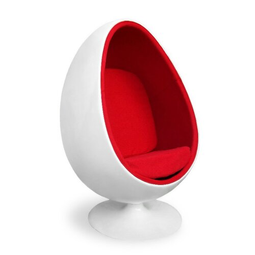 Egg Chair mit rotem Polster