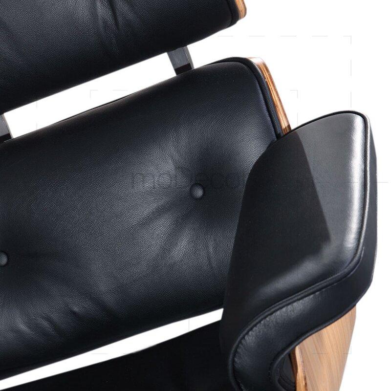 eames lounge chair und ottomane schwarz mit eichenholz. Black Bedroom Furniture Sets. Home Design Ideas